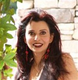 Nina Carmelle